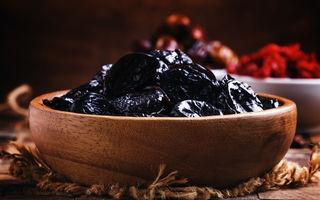 7 efecte secundare ale consumului de prune uscate