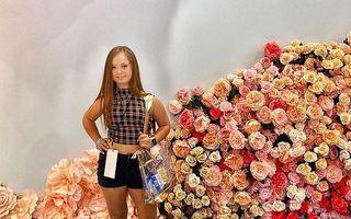 Fata cu sindrom Down care a devenit model: Medicii nu-i dădeau nicio șansă în viață, acum lumea e la picioarele ei
