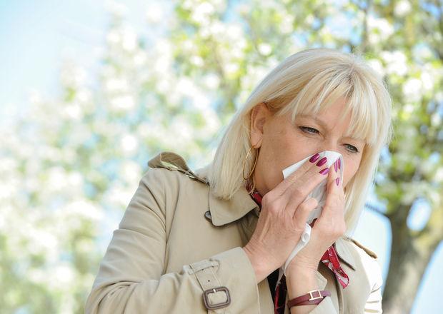 Alergie la polen cauze simptome remedii