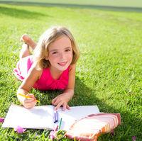 Au copiii nevoie de teme in vacanța?