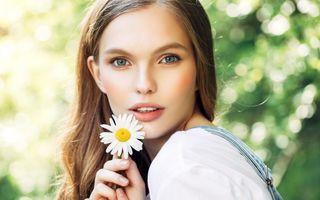 Masca facială cu efect antiinflamator și calmant – o poți prepara acasă din două ingrediente naturale