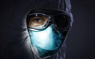 """Mesajul postat pe Facebook de un român depistat cu coronavirus: """"Am așteptat 12 ore ambulanța, am aflat diagnosticul din presă"""""""