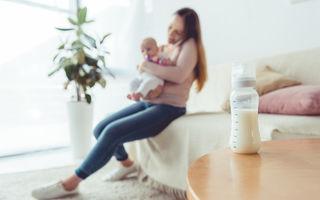 Păstrarea laptelui matern: reguli esențiale pentru siguranța bebelușului