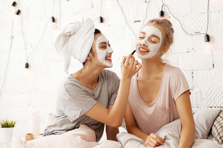 Ingredientele naturale care îți subțiază fața