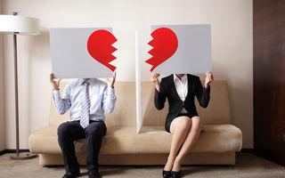 Ce înseamnă când visezi că divorțezi? 5 scenarii posibile