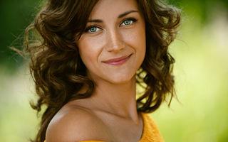 9 obiceiuri care te vor ajuta să arăți perfect fără machiaj