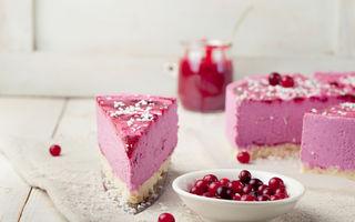 Cheesecake fără coacere cu fructe de pădure