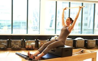 Fii în formă fără mari eforturi! 4 exerciții fizice ușoare, care dau rezultate rapid!