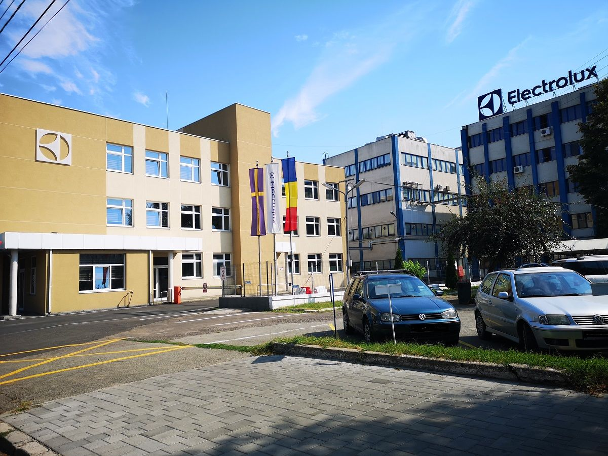Electrolux a donat mașini de spălat și uscătoare Spitalului Județean din Satu Mare