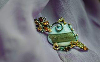 Ce piatră prețioasă trebuie să poarte zodia ta: 12 bijuterii perfecte pentru tine