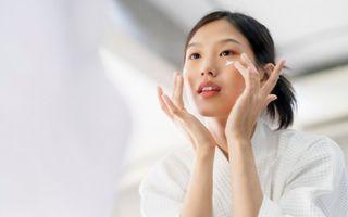 Adio, probleme cu tenul sensibil! 5 produse coreene care te salvează în orice situație