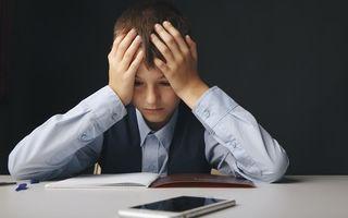 Cum e școala online pentru copilul meu. Cele 3 reguli de aur care ne-au făcut viața ușoară