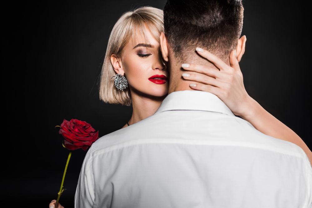 Ce parfumuri bărbătești le plac femeilor
