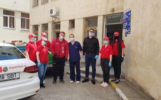 #VeștiBune: Echipamente de protecție și biocide pentru 2 spitale din Iași. Cătălin Moroșanu și Ciprian Paraschiv, ambasadorii regionali ai campaniei Superbet #PariemPeBine