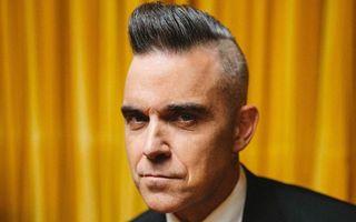 Robbie Williams nu mai poate trăi ca un om normal: Adoarme în zori și mănâncă micul dejun după-amiaza