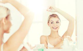 Ce alegi între deodorant și antiperspirant în zilele toride!