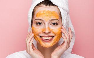 Mască cu mălai și bicarbonat. Ce beneficii are și cum să o folosești