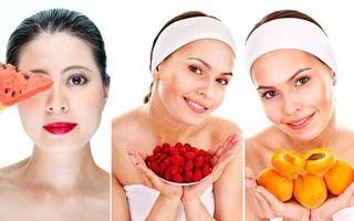 Trei fructe de vară ideale pentru măști cosmetice