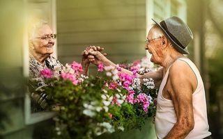 Iubirea nu are vârstă! 17 cupluri a căror poveste de iubire a trecut testul timpului