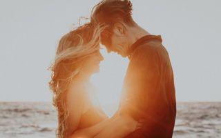 Cele mai evidente semne că ești atrasă emoțional de cineva