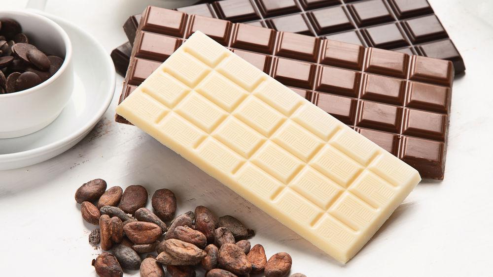 Ciocolată albă vs ciocolată neagră