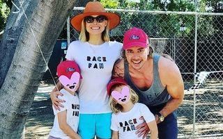 Dezvăluirea neașteptată a unei vedete: Kristen Bell recunoaște că fiicele ei de 7 și 5 ani beau bere fără alcool