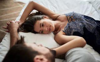 Ce simte un bărbat când dorește o femeie? Află dacă acționează cu mintea sau cu sufletul