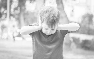 Ridică-te şi luptă, nimeni nu a spus că viaţa e uşoară! Cum accepţi diagnosticul de autism