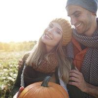 Horoscopul dragostei pentru luna octombrie. Berbecul traverseaza o perioada fabuloasa