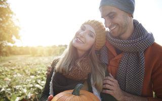 Horoscopul dragostei pentru luna octombrie. Berbecul traversează o perioadă fabuloasă
