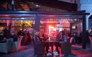 Noi restricţii în București: Se închid barurile, cluburile și discotecile
