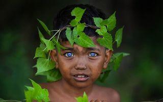 Tribul cu cei mai frumoși ochi: Își schimbă culoarea din cauza unui sindrom