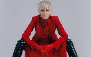 """Jane Fonda, o femeie care nu se """"potolește"""" nici la vârsta ei: Cum a pozat vedeta la 82 de ani"""