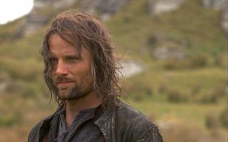 """Viggo Mortensen, la 62 de ani: 20 de imagini cu starul care l-a întruchipat pe Aragorn în """"Lord of the Rings"""""""