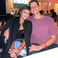Povestea de iubire care a cucerit Twitter-ul: S-au cunoscut si s-au indragostit in timp ce se luptau cu acelasi tip de cancer