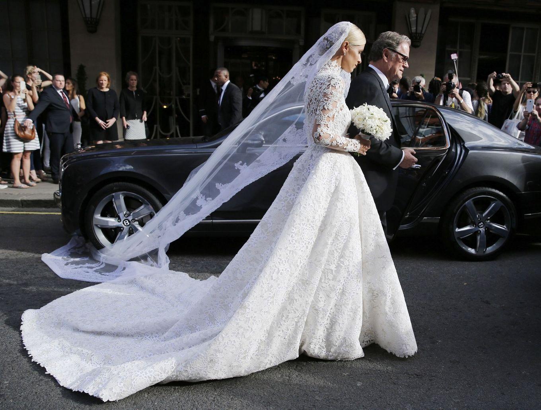 Cele mai controversate rochii de mireasă purtate de vedete