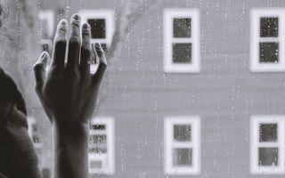 Singurătatea în pandemie și nu numai: Ce să faci când simți că nu ai pe nimeni aproape