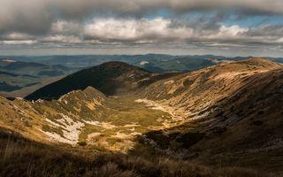 Cum arată Carpații în Ucraina: 35 de imagini cu munții din țara vecină