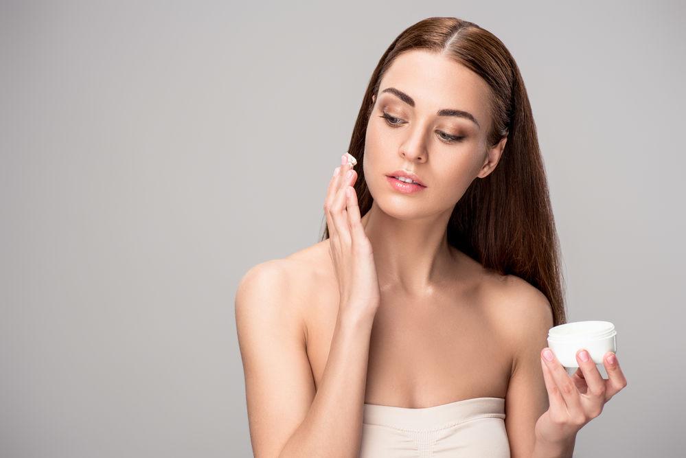 Cât timp să folosești fiecare ingredient cosmetic pentru a avea un ten perfect