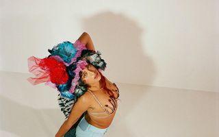 Lourdes Leon, fiica Madonnei, se mândrește cu părul ei de la subraț în noua campanie Marc Jacobs