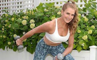 Brooke Shields trebuie să învețe din nou să meargă: Vedeta a ajuns în cârje