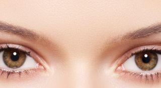 Trucuri naturale și eficiente pentru îngrijirea ochilor