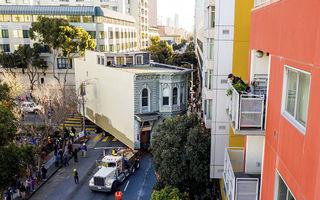 Cum a fost mutată o casă din San Francisco: Operațiunea a costat aproape jumătate de milion de dolari - VIDEO