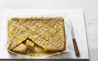 Prăjitură cu ghimbir, tahini și turmeric – 100% vegană!