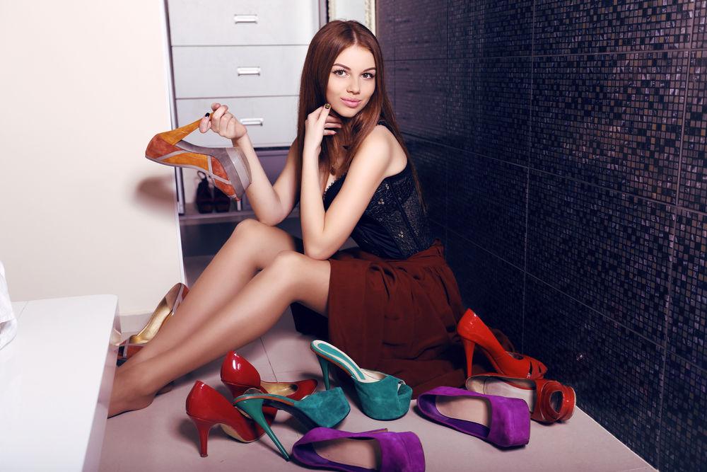 8 greșeli pe care le faci când îți cumperi pantofi