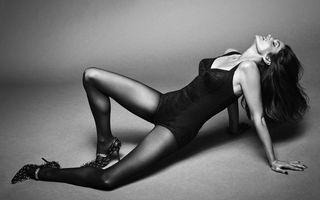 La 55 de ani ca la 20: Cindy Crawford a apărut aproape goală în Vogue Brazilia
