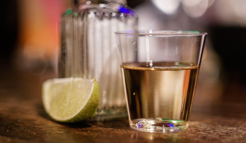 5 beneficii pentru sănătate surprinzătoare ale unui shot de tequila
