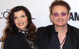 9 vedete care s-au căsătorit cu prima lor iubire. Bono și Ali Hewson sunt împreună de 40 de ani
