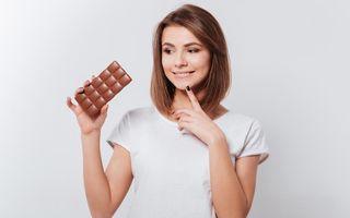 Studiu: Ciocolata le ajută pe femeile la menopauză să nu se îngrașe. Când trebuie consumată