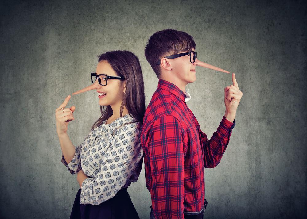 5 situatii in care e bine sa minti